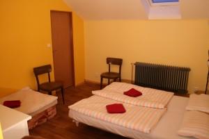 Pokoj 3 lůžka s vlastním soc. zařízením